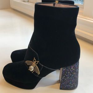 NIB Gucci Soko glitter heel bee velvet boot. 8.5